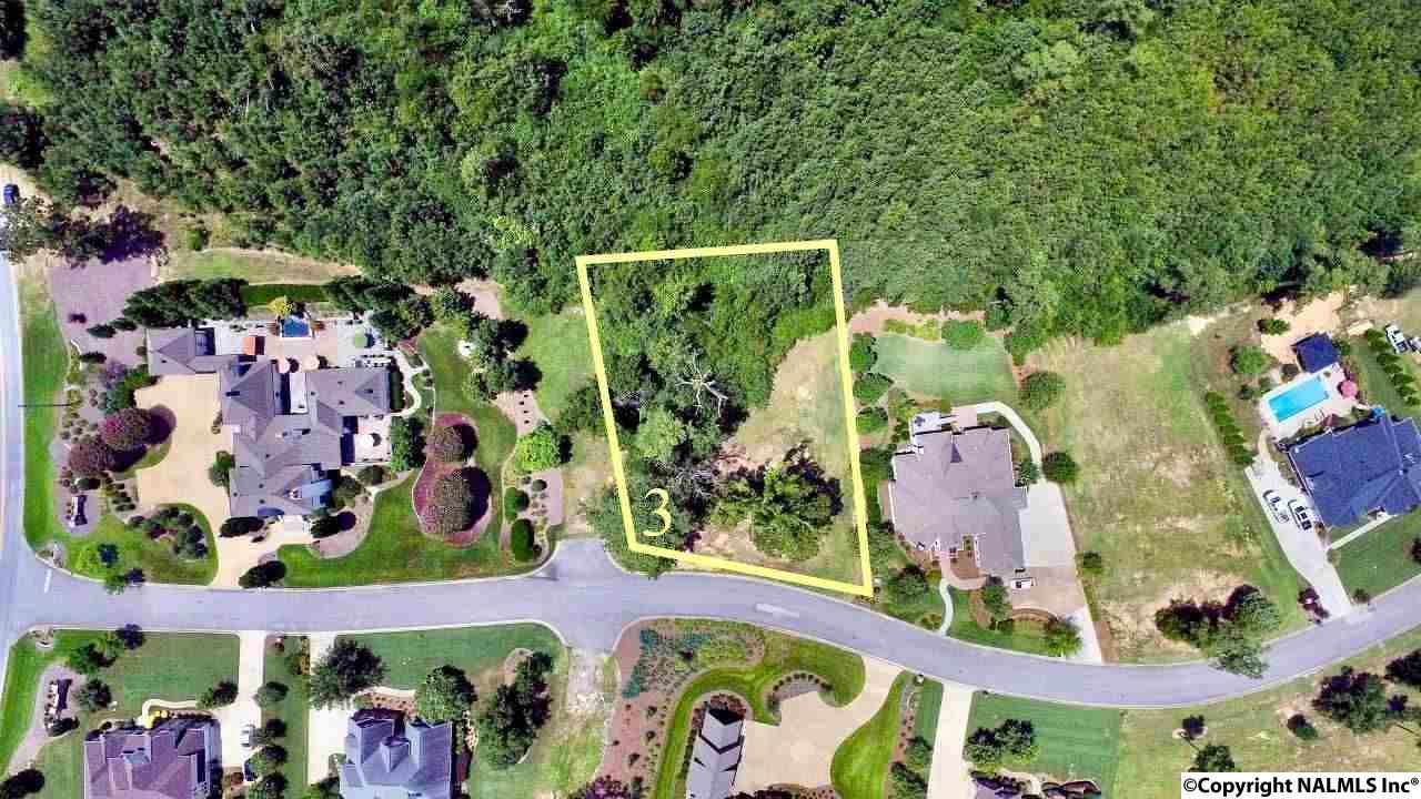 Photo of home for sale at 3 Bridle Ridge Road, Gadsden AL