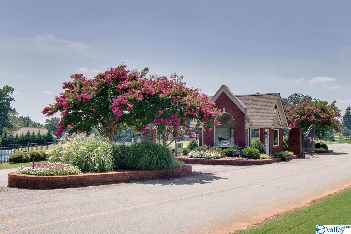 Photo of home for sale at 1 Saint Andrew Drive, Athens AL
