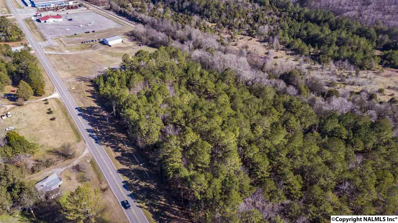 Photo of home for sale at Highway 11, Fort Payne AL