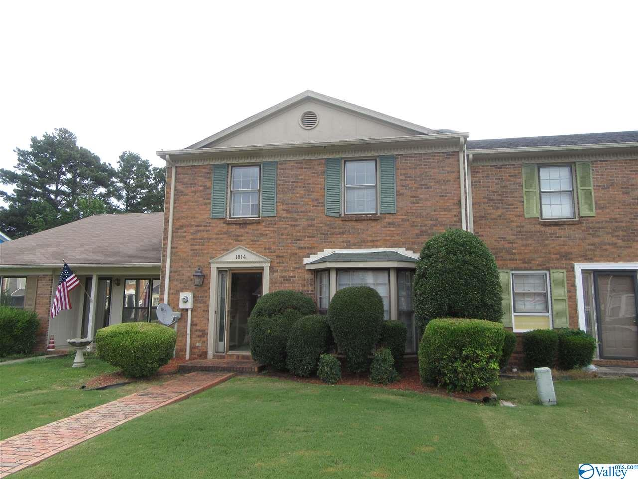 Photo of home for sale at 1814 Brownstone Avenue, Decatur AL