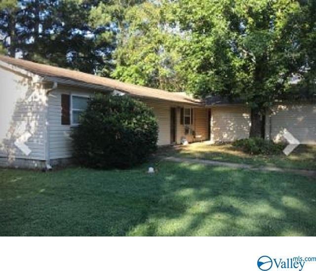 Photo of home for sale at 2403 Mastin Lake Road, Huntsville AL