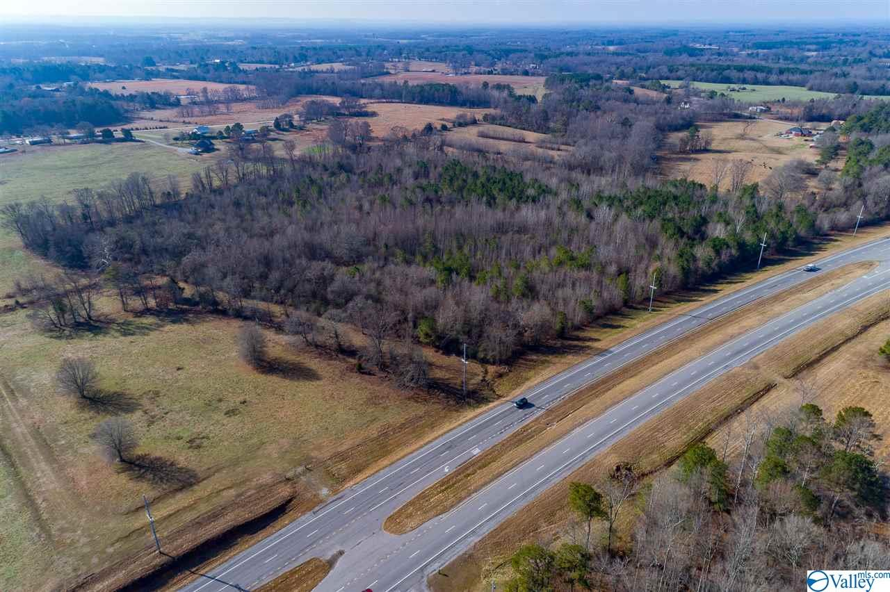 Photo of home for sale at 0 Alabama Hwy 157, Town Creek AL