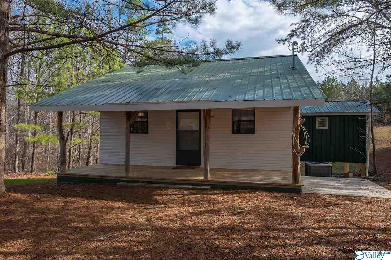 Photo of home for sale at 2596 County Road 84, Danville AL