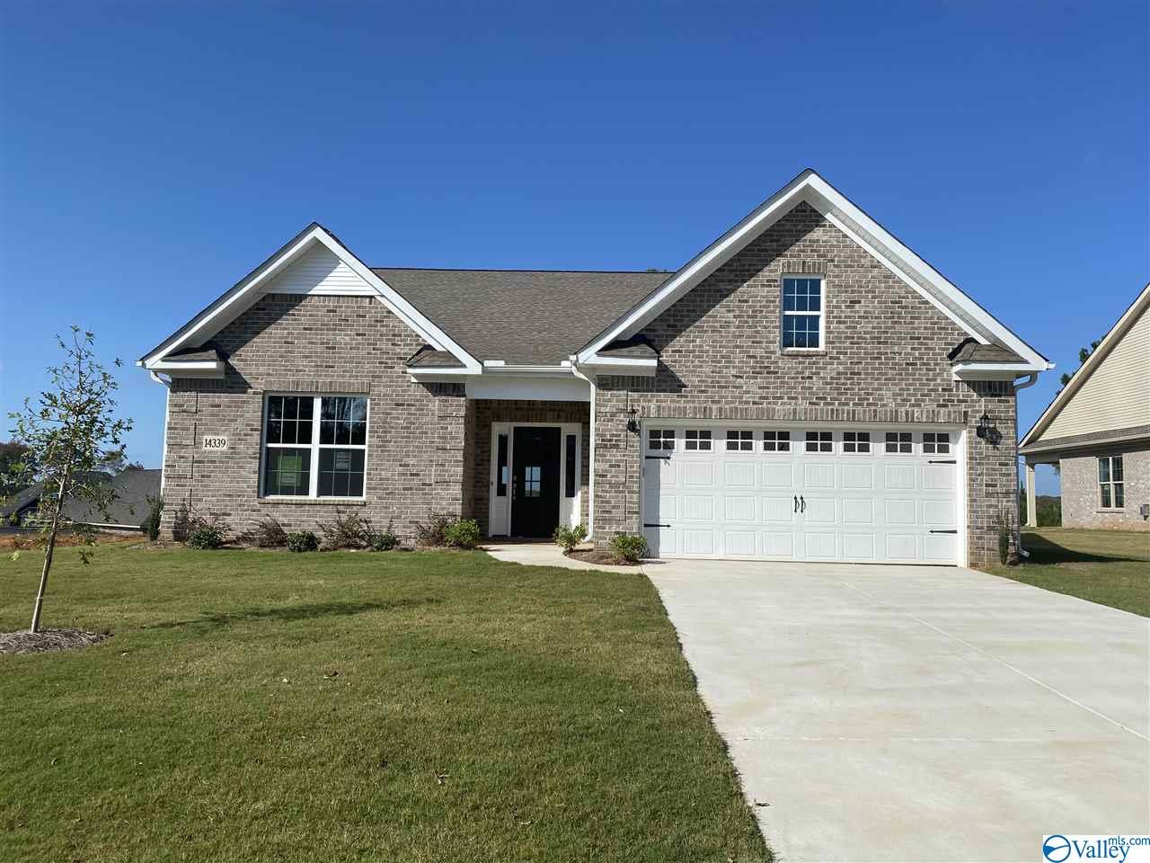 Photo of home for sale at 14339 Grey Goose Lane, Harvest AL