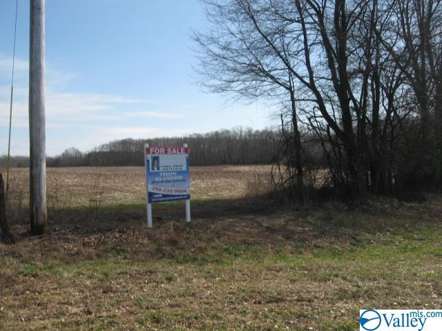 Photo of home for sale at New Hope Road, Lawrenceburg TN