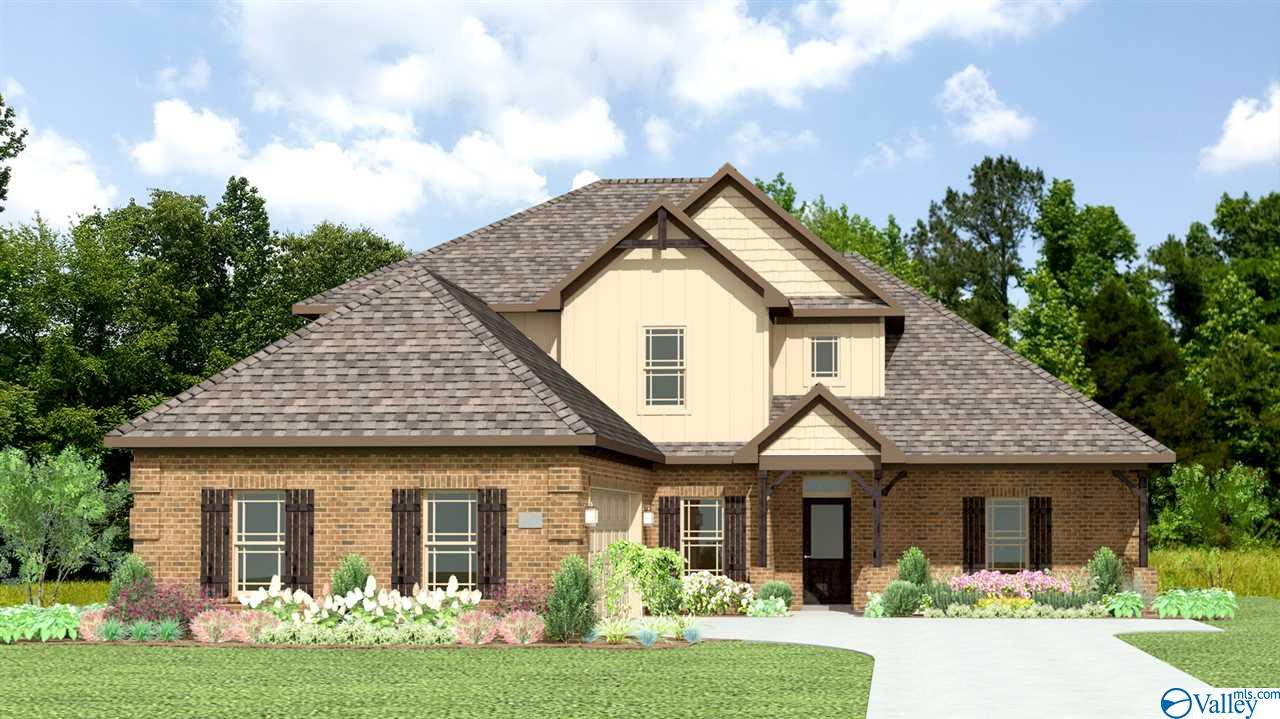 Photo of home for sale at 576 Carters Grove Road, Toney AL