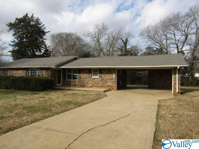 Photo of home for sale at 19651 Redus Street, Elkmont AL