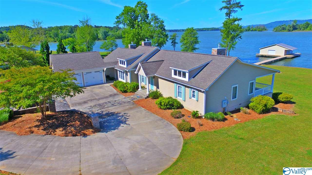 Photo of home for sale at 1236 Menominee Road, Langston AL