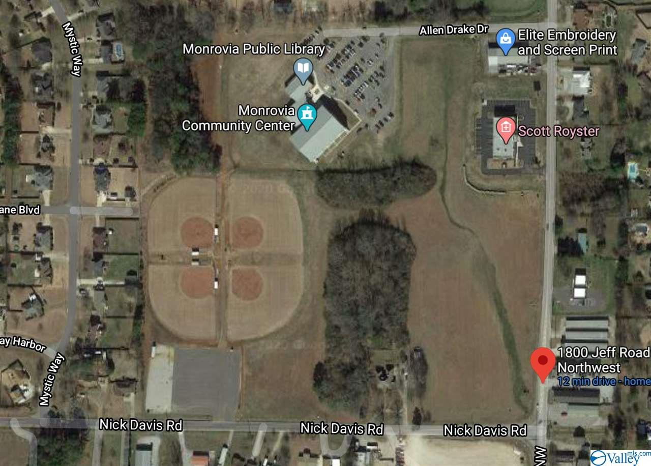 Photo of home for sale at 1800 Jeff Road, Huntsville AL