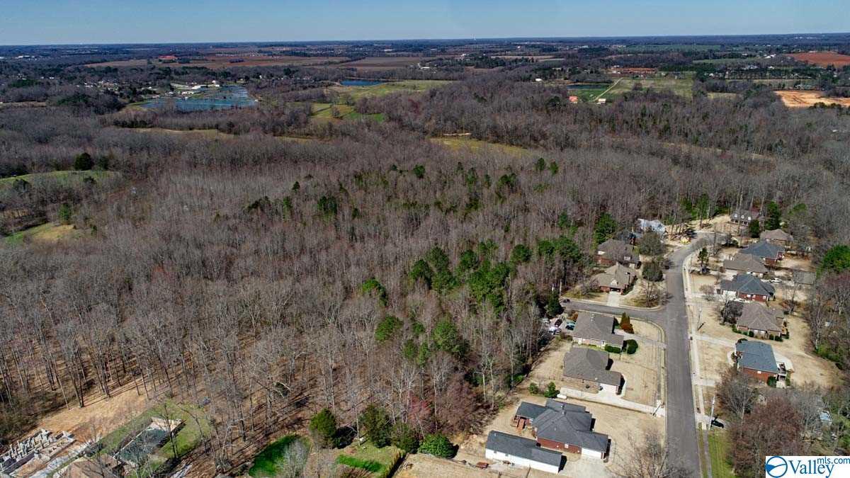 Photo of home for sale at 0 Linda Street, Huntsville AL