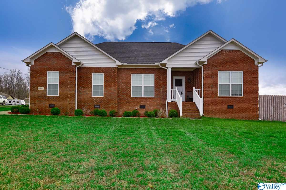 Photo of home for sale at 29892 Purtle Lane, Ardmore AL