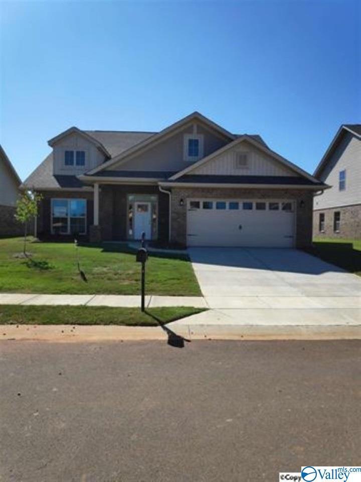 Photo of home for sale at 213 Taunton Street, Huntsville AL