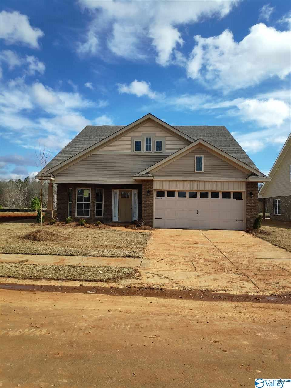 Photo of home for sale at 278 Abercorn Drive, Madison AL