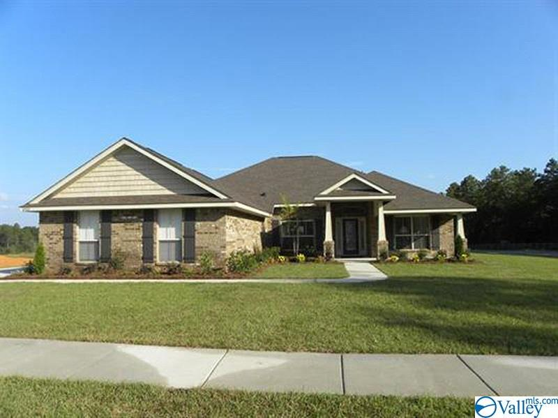 Photo of home for sale at 227 Summit Lakes Drive, Athens AL