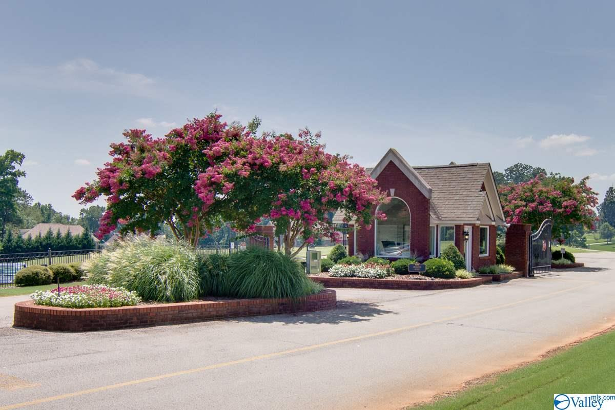 Photo of home for sale at 13395 Saint Andrew Drive, Athens AL