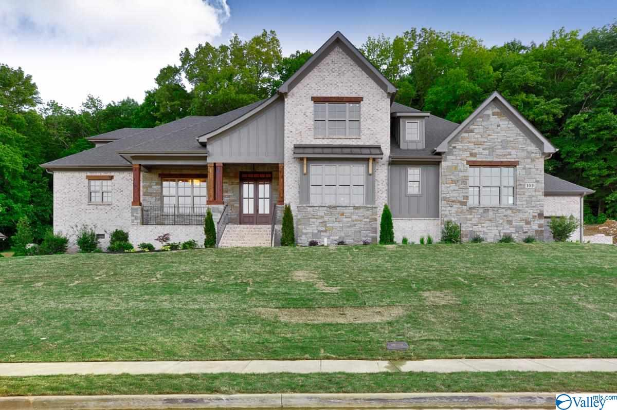 Photo of home for sale at 103 Mcmullen Lane, Gurley AL