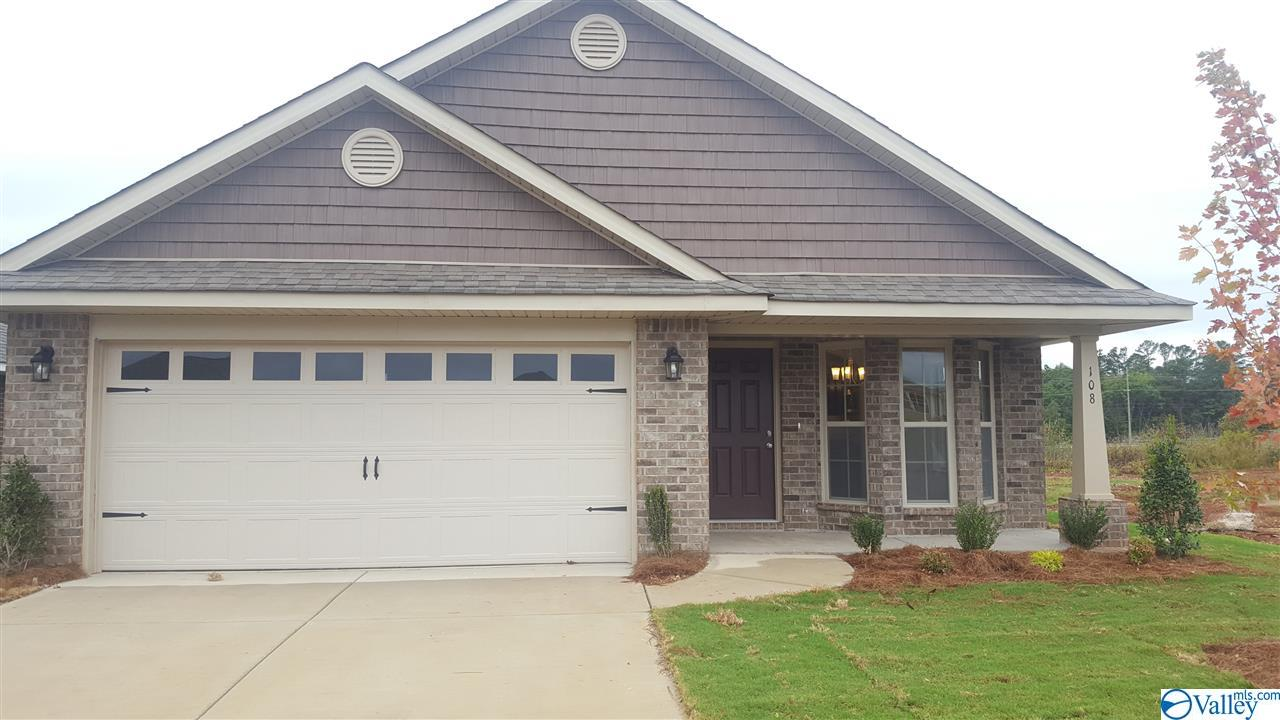Photo of home for sale at 124 Sorrelweed Drive, Madison AL
