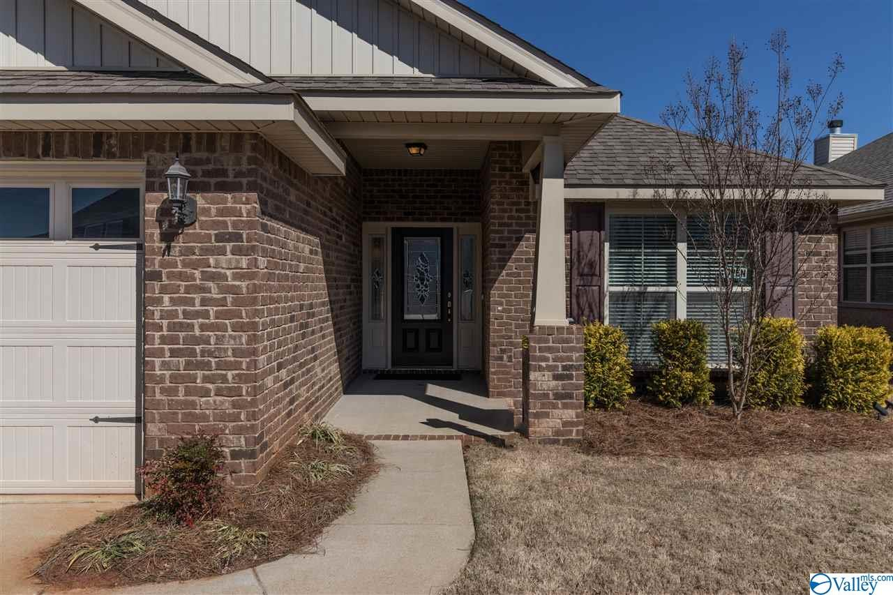 Photo of home for sale at 125 Sorrelweed Drive, Madison AL