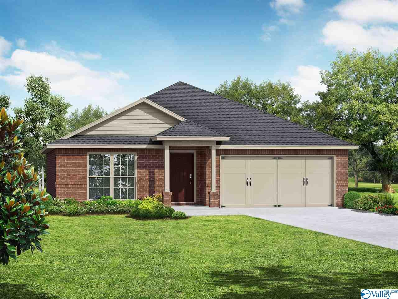 Photo of home for sale at 192 Cherry Laurel Drive, Hazel Green AL