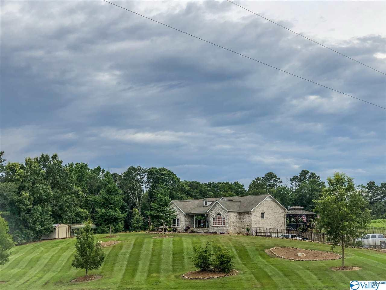 Photo of home for sale at 3364 County Road 22, Centre AL