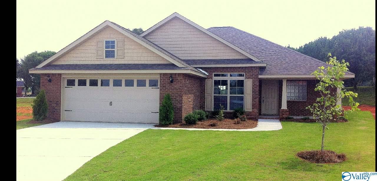 Photo of home for sale at 276 Abercorn Drive, Madison AL
