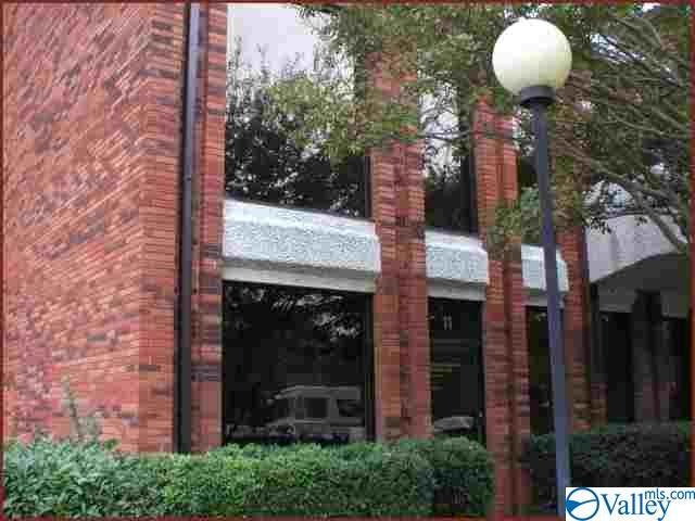 Photo of home for sale at 303 Williams Avenue, Huntsville AL