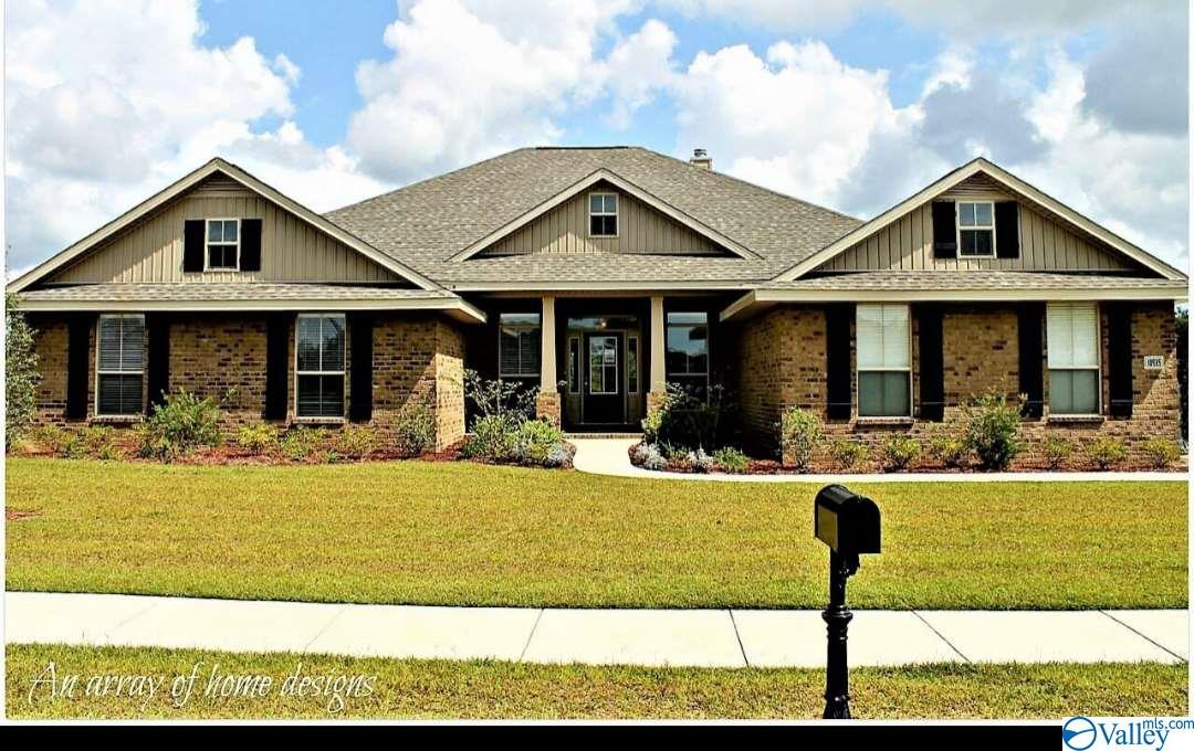 Photo of home for sale at 16253 Bruton Drive, Harvest AL