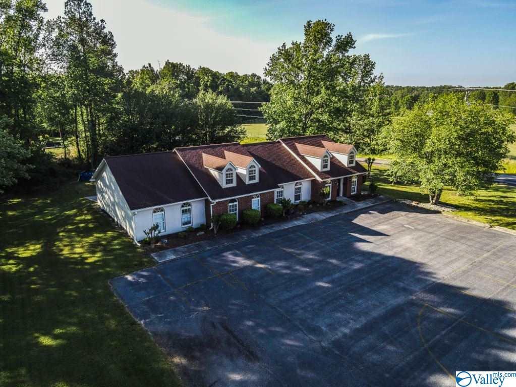 Photo of home for sale at 24593 Sylvania Avenue, Sylvania AL