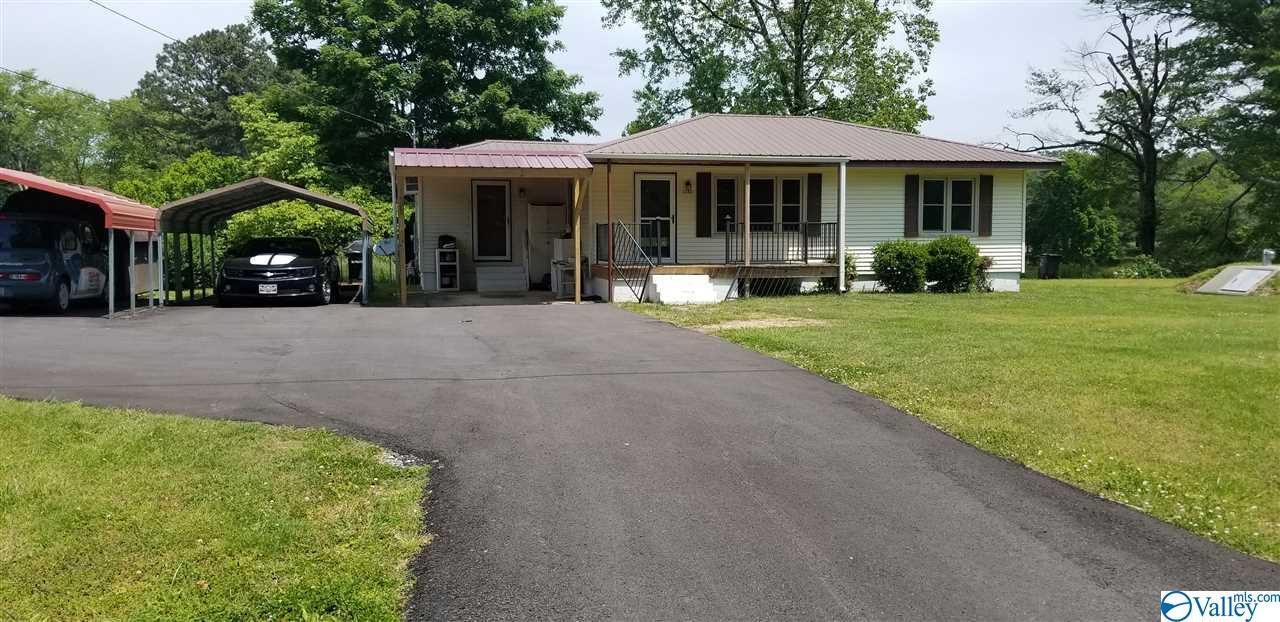 Photo of home for sale at 2382 County Road 42, Dawson AL