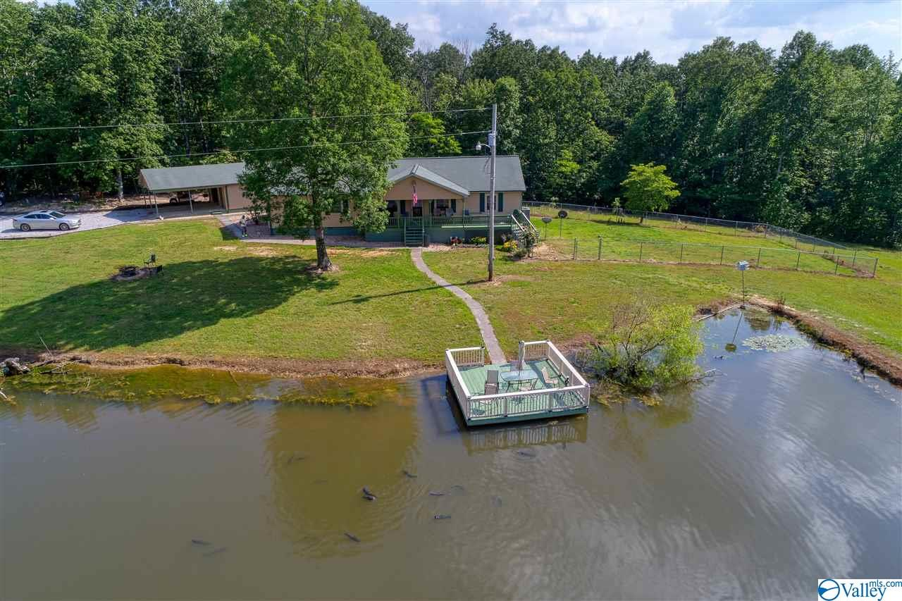 Photo of home for sale at 1050 County Road 303, Princeton AL