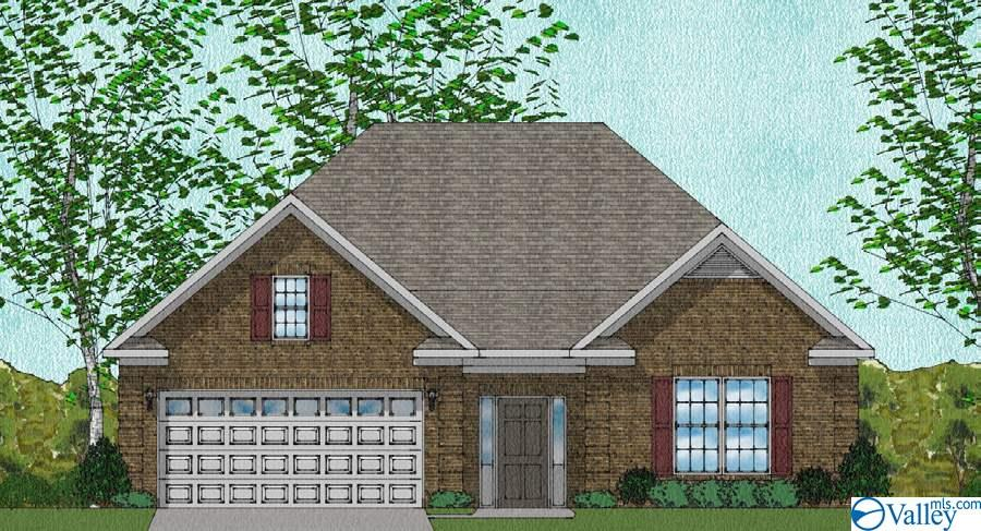 Photo of home for sale at 15040 Lakeside Trail, Huntsville AL