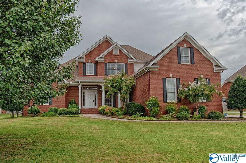 Photo of home for sale at 7135 Jump Street, Owens Cross Roads AL