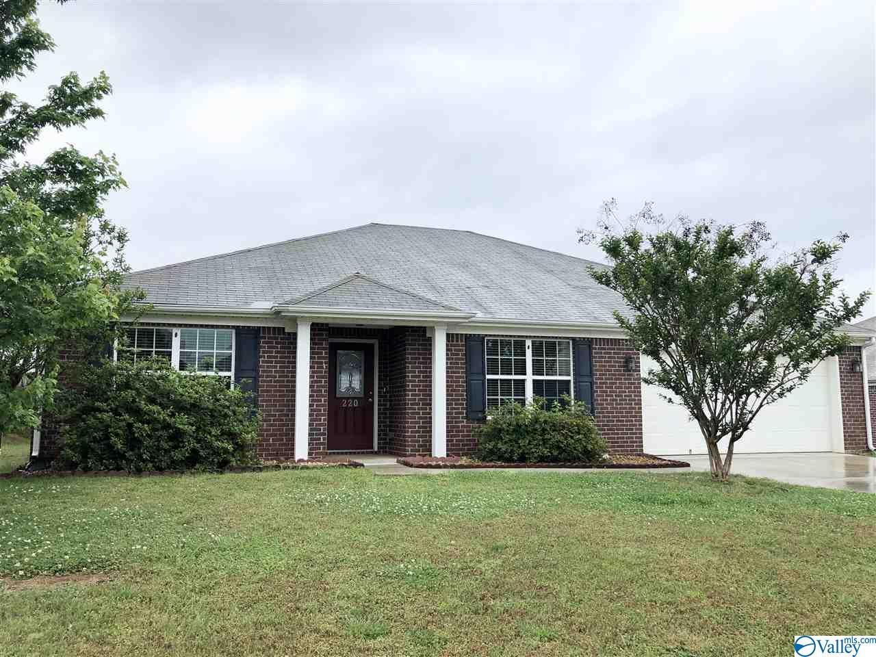 Photo of home for sale at 220 Brockton Drive, Madison AL