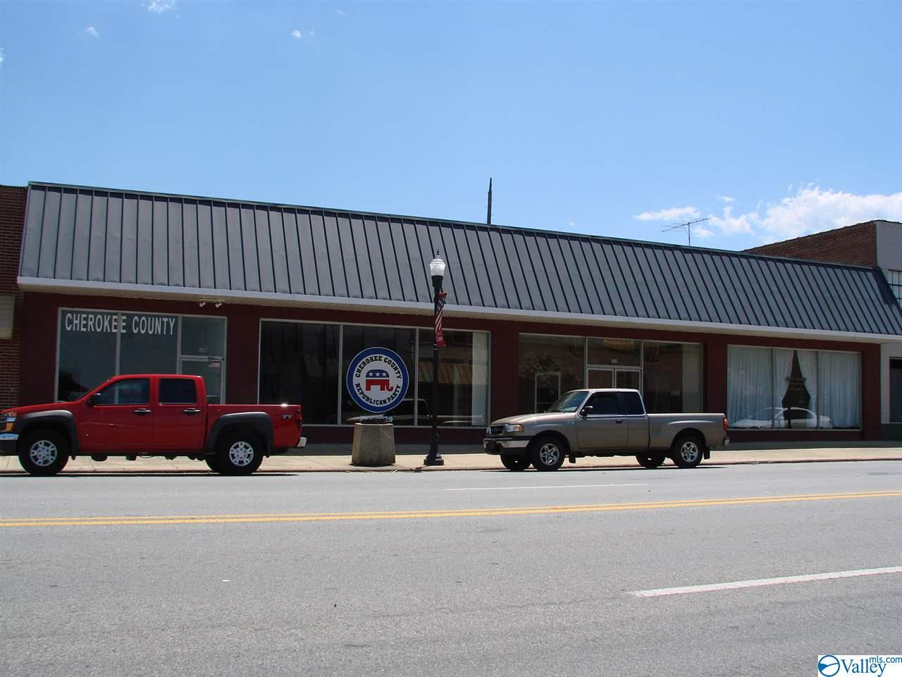 Photo of home for sale at 150 B Main Street, Centre AL