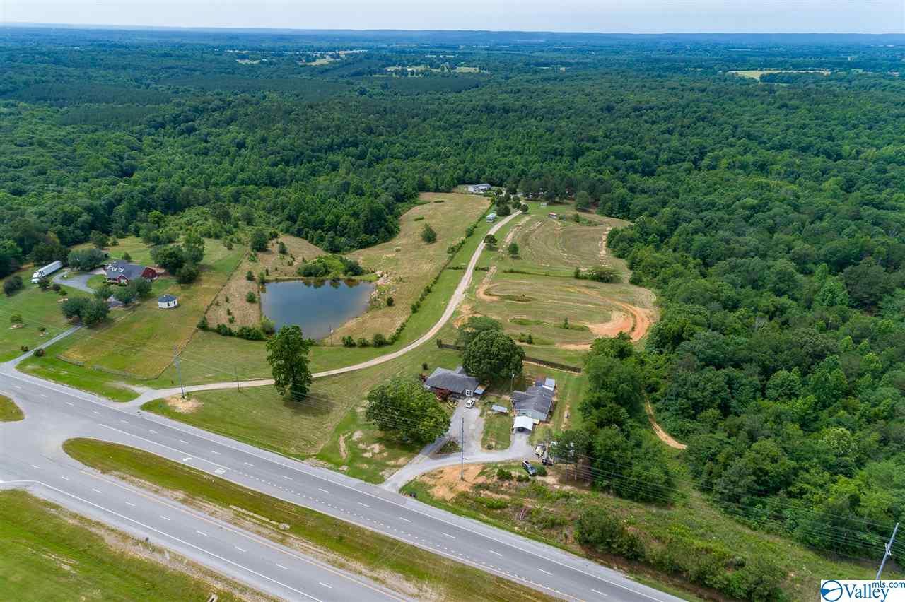 Photo of home for sale at 19061 Alabama Highway 157, Moulton AL
