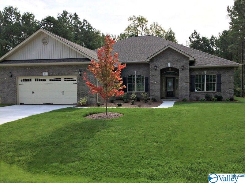 Photo of home for sale at 16095 Bruton Drive, Harvest AL