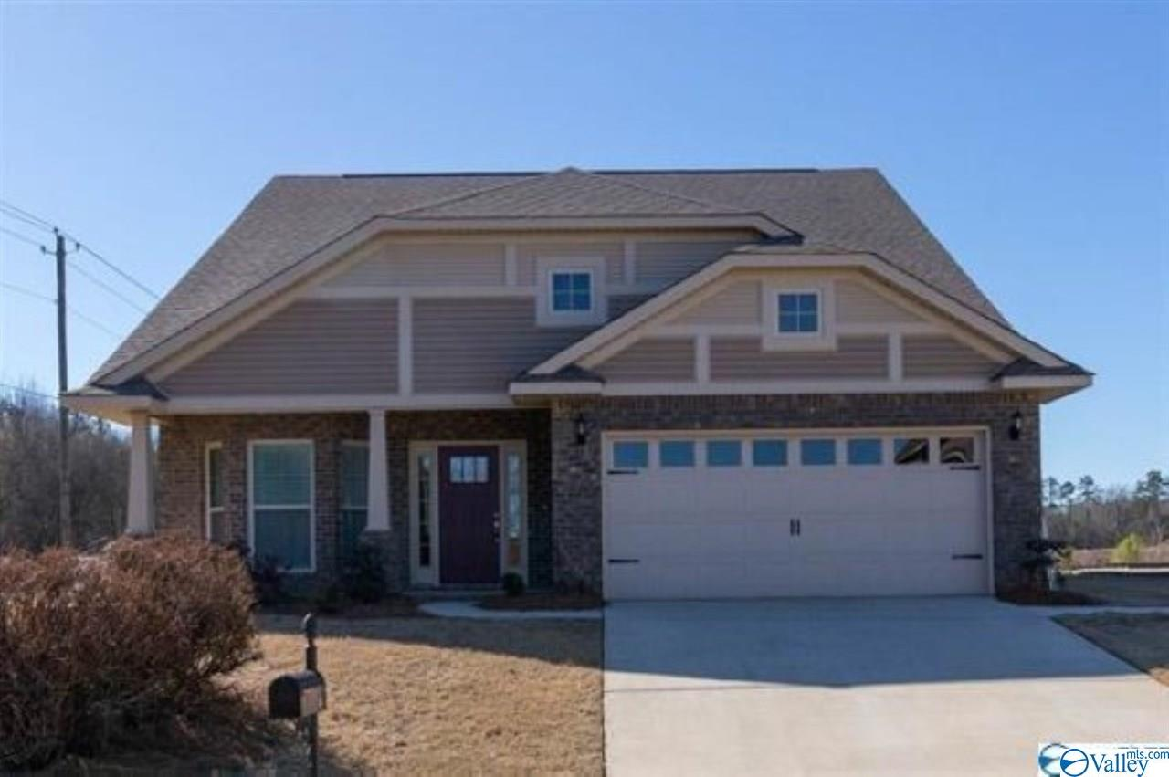Photo of home for sale at 311 Divinity Place, Huntsville AL