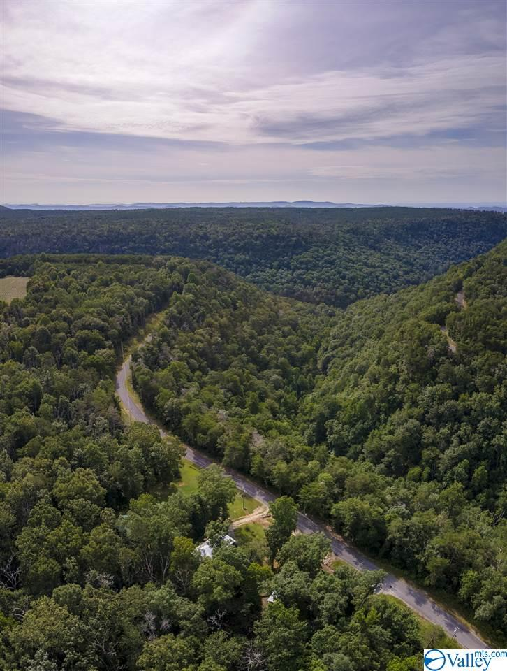 Photo of home for sale at 10085 Cherokee County Road 275, Fort Payne AL