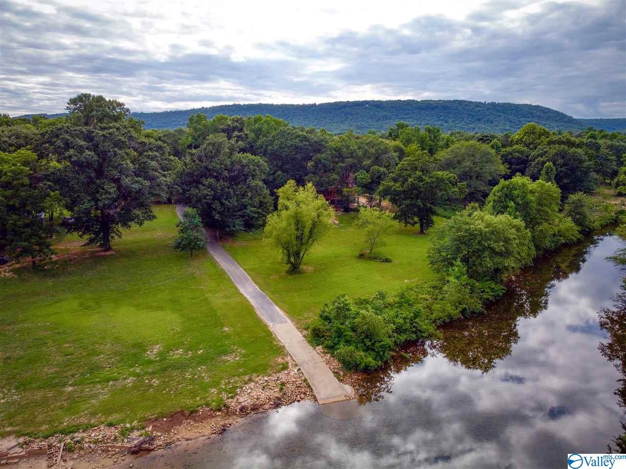 Photo of home for sale at County Road 766, Cedar Bluff AL
