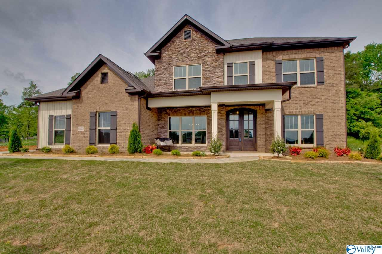 Photo of home for sale at 9107 Wagon Pass Way, Owens Cross Roads AL