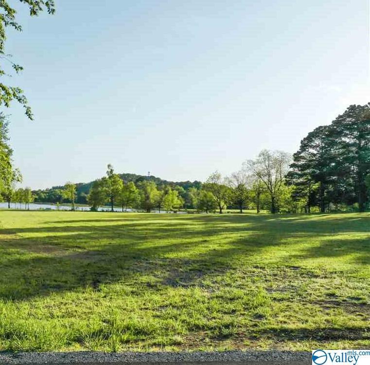 Photo of home for sale at Lot 4 Lakelands Cove Road, Guntersville AL