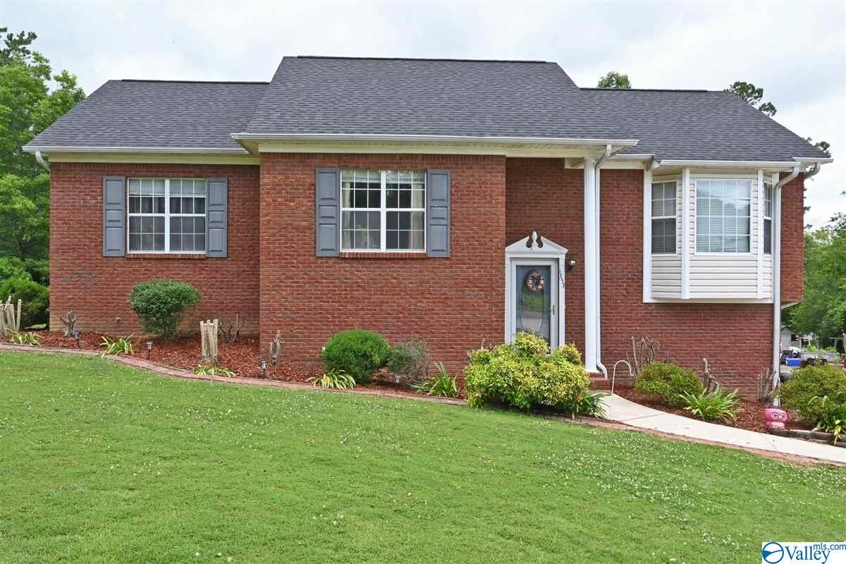 Photo of home for sale at 1353 4th Street, Cullman AL