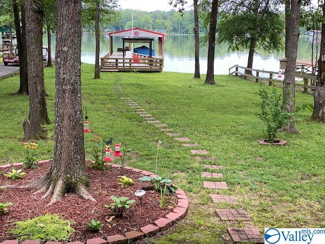 Photo of home for sale at 5496 Hidden Point Drive, Cedar Bluff AL