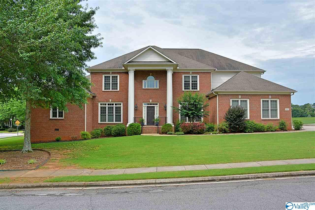 Property for sale at 3002 Honors Row, Owens Cross Roads,  Alabama 35763