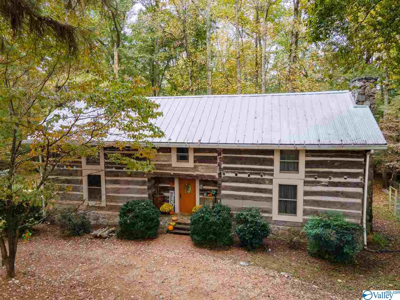 Photo of home for sale at 23029 Highland Drive, Athens AL