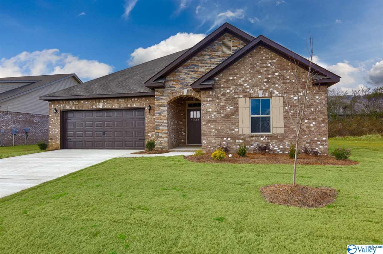 Photo of home for sale at 16231 Trestle Street, Huntsville AL