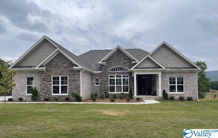 Photo of home for sale at 40 Abby Glen Way, Gurley AL
