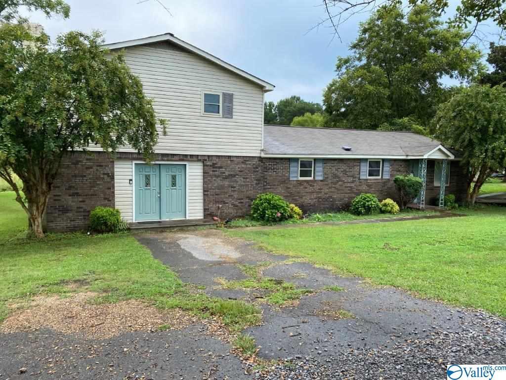 Photo of home for sale at 5410 Alabama Highway 205, Albertville AL