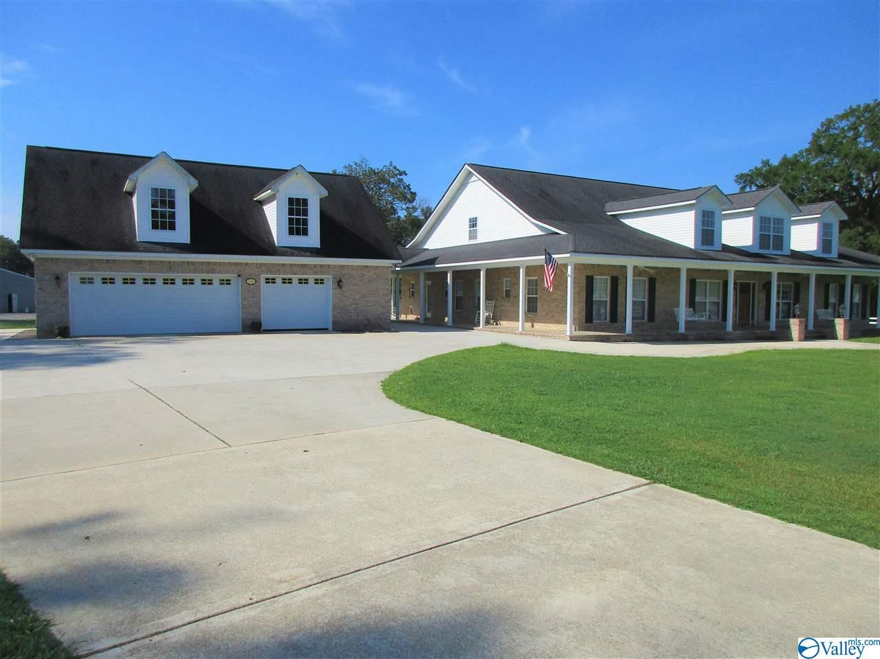 Photo of home for sale at 516 Iron Man Road, Hartselle AL