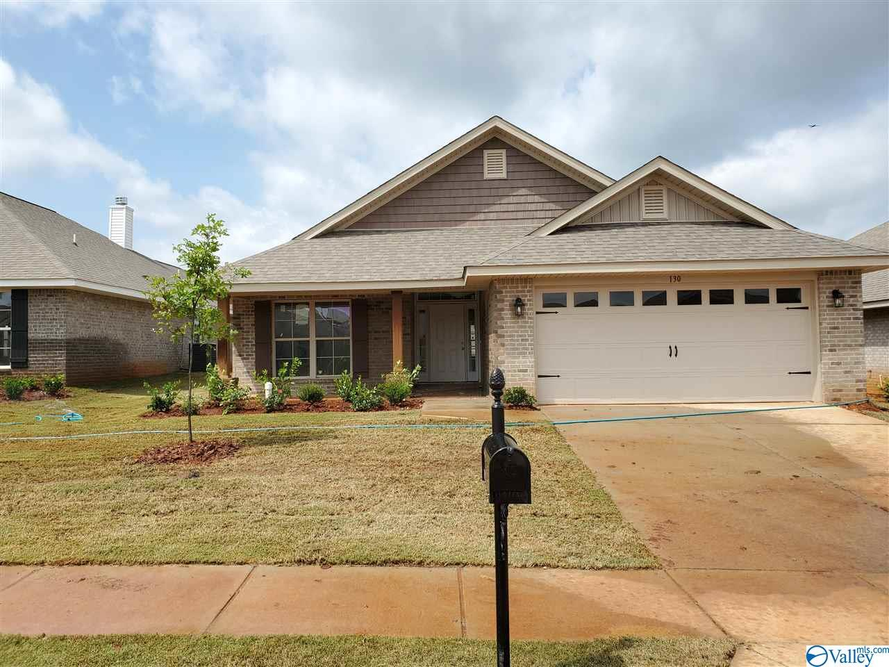 Photo of home for sale at 119 Sorrelweed Drive, Madison AL